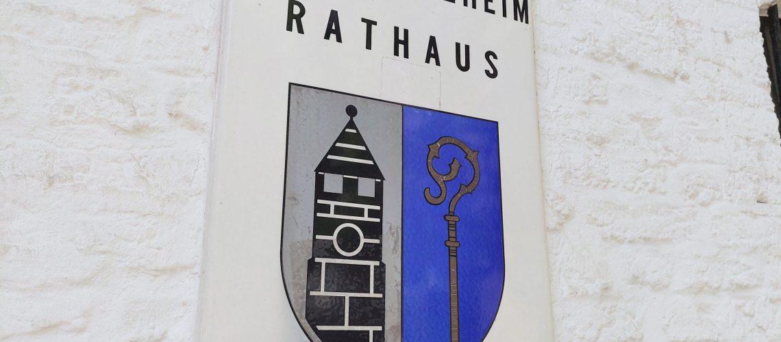 Rathaus-Schild